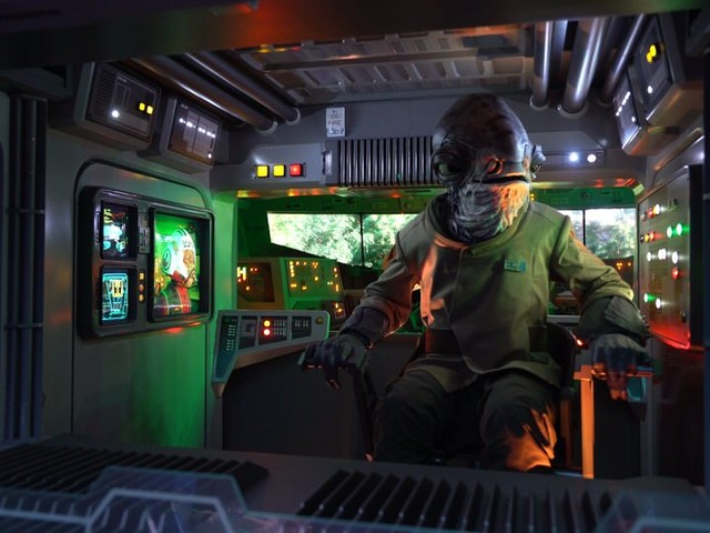 Disney Gives Comp 1-Day Park Hopper to Guests Unable to Ride Rise of the Resistance Opening Day