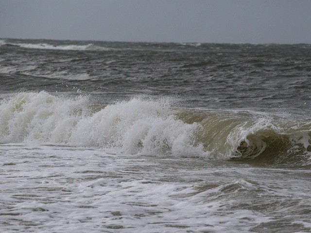 One dead, dozens rescued from rip currents along Jersey Shore