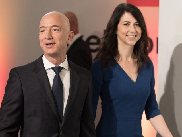 Jeff Bezos will host authors at annual 'Campfire' for first time without MacKenzie