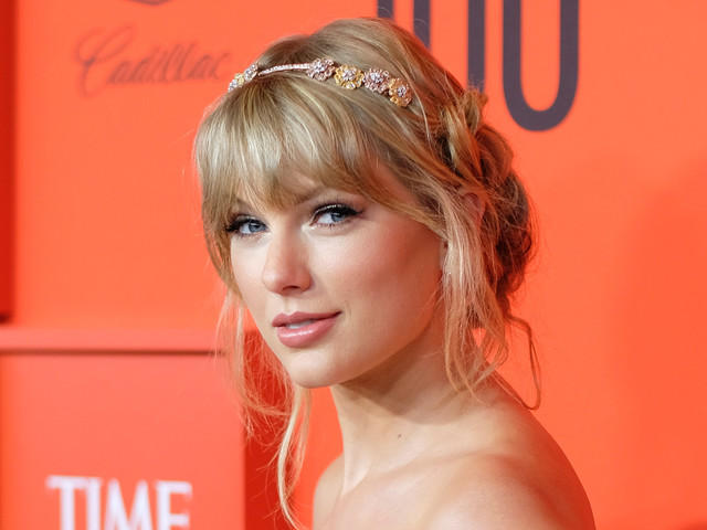 Taylor Swift Wows in Pastels at Time 100 Gala 2019!