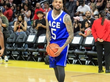 Chris Brown Balls Out For Ace Family's Charity B'Ball Game - Breezy's Daughter Royalty Brown & 50 Cent's Son Sire Jackson Snap It Up