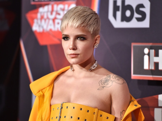 Watch Halsey Perform 'You Should Be Sad' and 'Finally // Beautiful Stranger' on 'Saturday Night Live'