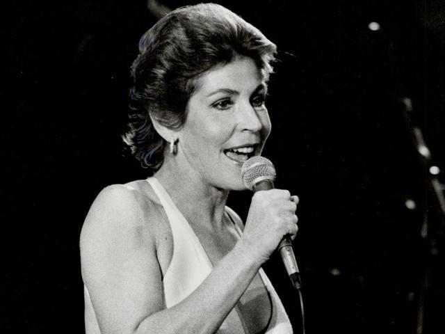 Trailblazing 'I Am Woman' singer Helen Reddy dead at age 78