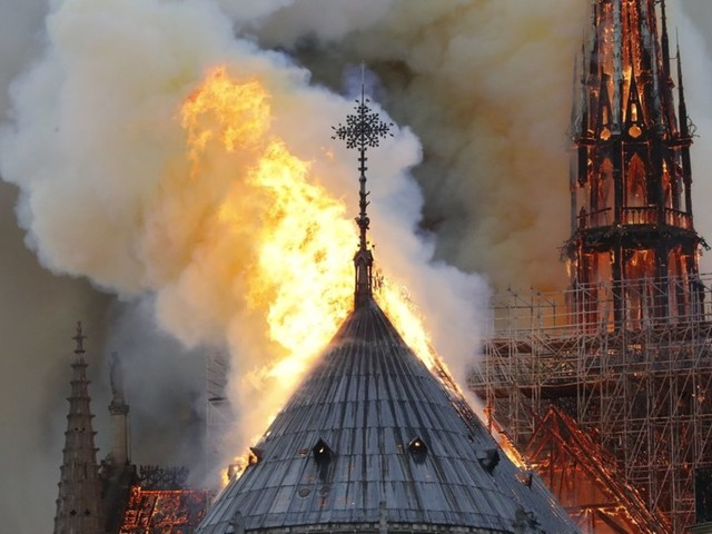 The Notre Dame Cathedral in Paris is engulfed in flames (VIDEO)
