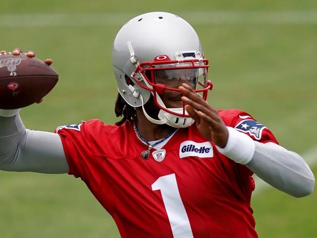 Bill Belichick: Patriots QB Cam Newton 'all right' after hand injury