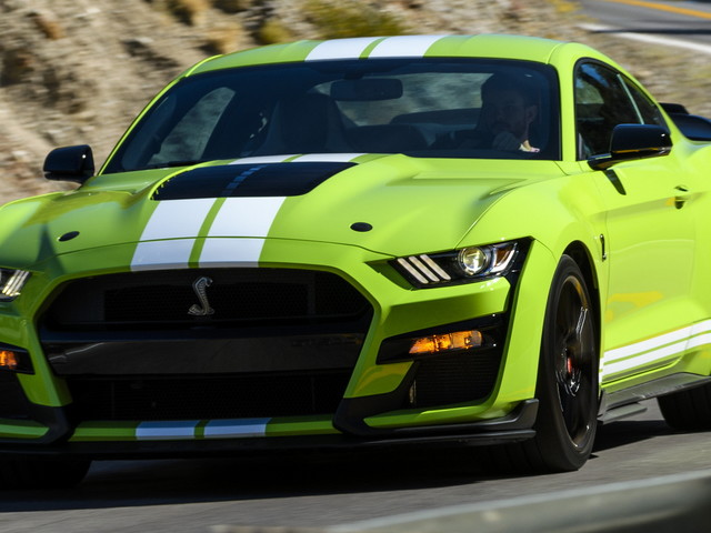 Ford Explains Why It Won't Make A Mustang Shelby GT500 Convertible