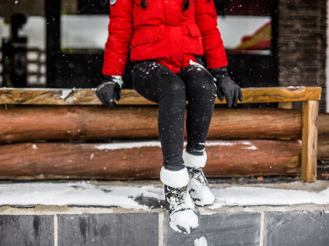 These are the most popular snow boots for men and women this year