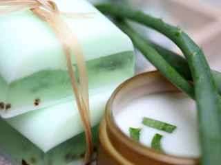 Learn How To Make Aloe Vera Soap To Remove Acne And Wrinkles