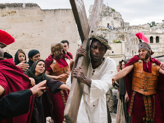 A Director Asks, Would Jesus Stand With Today's Migrants?
