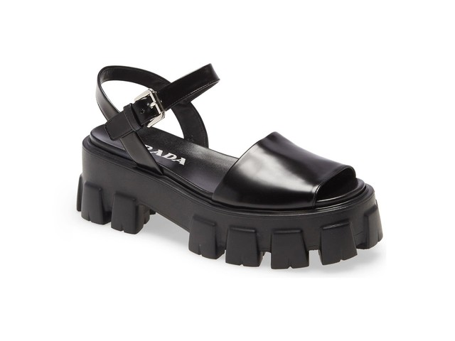 Chunky Sandals Are The New Lug-Sole Shoe Of The Season