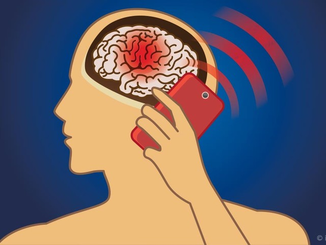 Brain Tumors on the Rise in England, Raising Cellphone Concerns
