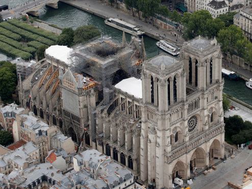 """""""I'm Very Worried"""" - Chief Architect Fears Heatwave Will Collapse Notre Dame Roof"""