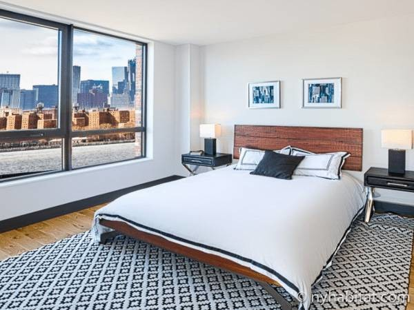 New York Apartment: 2 Bedroom Apartment Rental in Greenpoint (NY-17296)