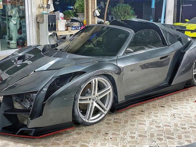 Thai Body Shop Turns A Toyota MR2 Into A Lamborghini Veneno