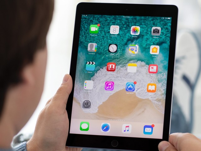How to delete all of the emails on your iPad using a simple workaround