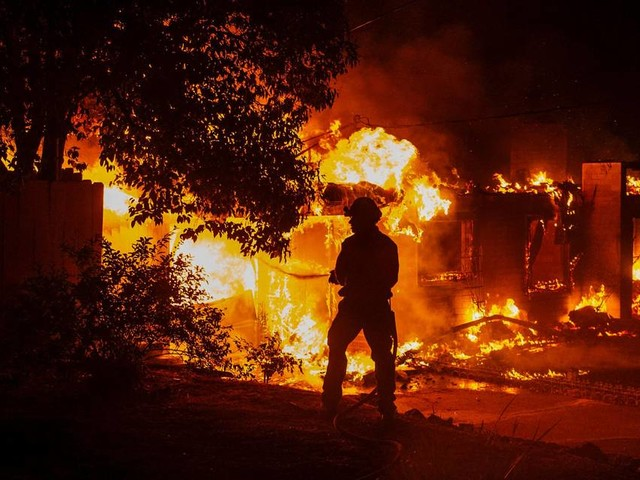 Trump threatens to cut millions from fire departments in California after deadly wildfires
