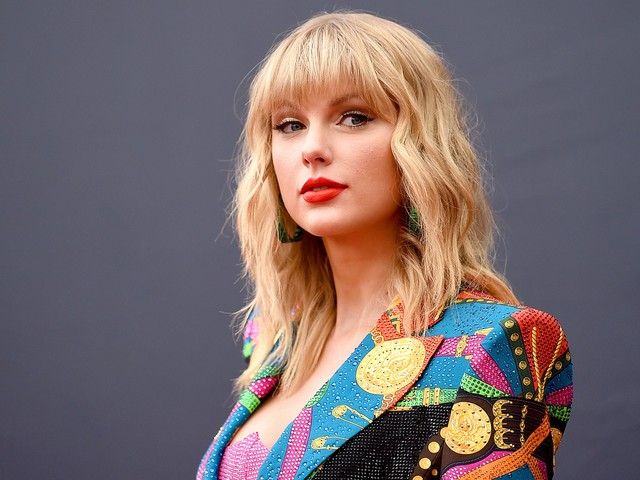 Look What You Made Taylor Swift Do (Come Out Against White Supremacy)