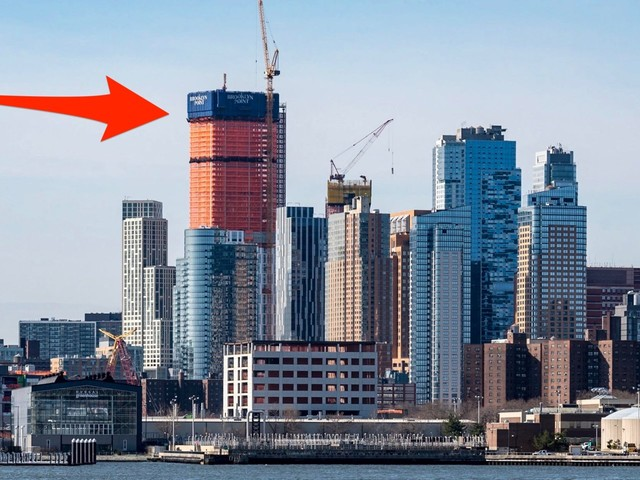 A 720-foot luxury condo tower is now the tallest building in Brooklyn, and it claims to have the highest rooftop infinity pool in the western hemisphere