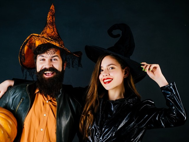 8 Halloween Date Ideas If You & Your Boo Are Spending The Night In