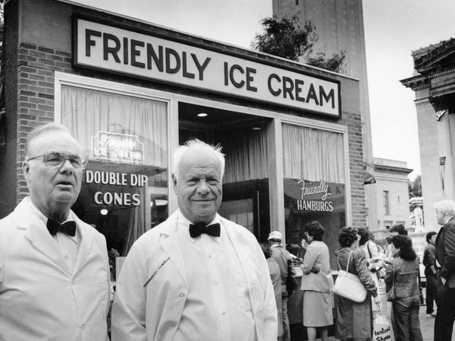 Curtis Blake, co-founder of the Friendly's ice cream chain, dies at 102