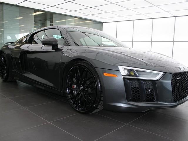 2017 Audi R8--V10--Plus