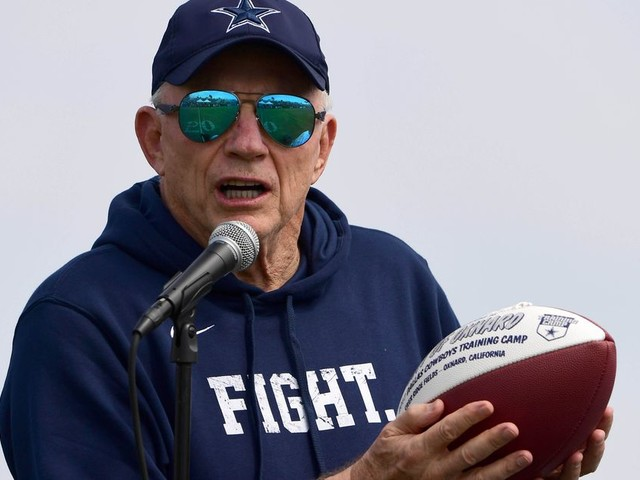 Why is Jerry Jones fighting with Roger Goodell and the NFL?