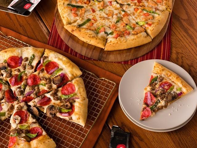 Pizza Hut - 12 Photos & 24 Reviews - Pizza - 33 S 40th St, University City, Philadelphia, PA - Restaurant Reviews - Phone Number - Yelp