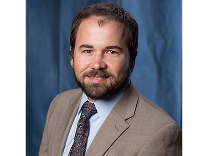Dr. Steven Smith receives UF Excellence Award for Assistant Professors