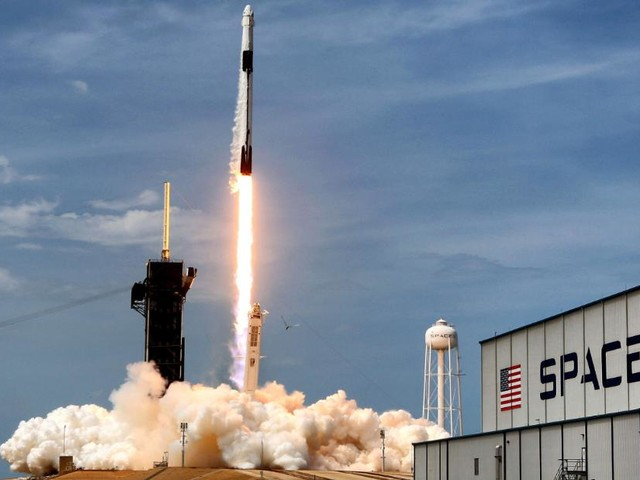SpaceX and ULA win military launch competition worth $653 million -- and that's just the start