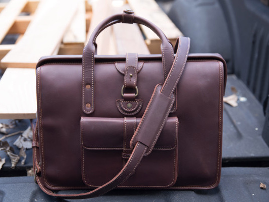 The Pad & Quill Gladstone Briefcase offers plenty of storage in a beautiful design