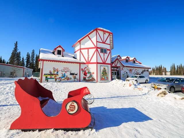 From Santa Claus to Mistletoe: 20 Towns With Festive Names