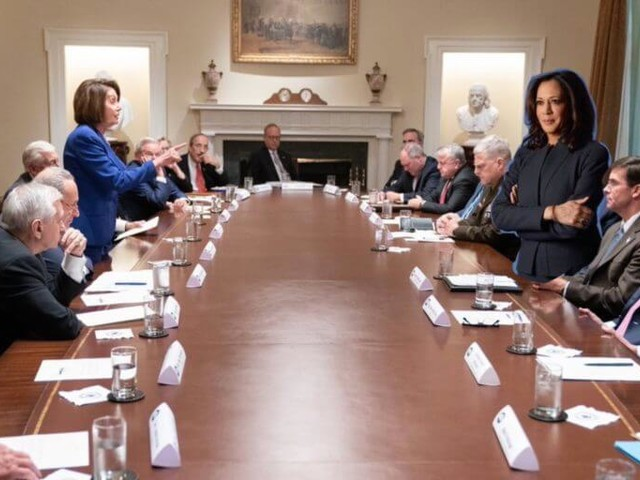 'Time for an upgrade' meme shows Kamala Harris' team is too online