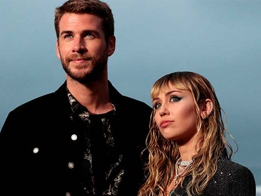 Miley Cyrus Trying To Win Back Liam Hemsworth?