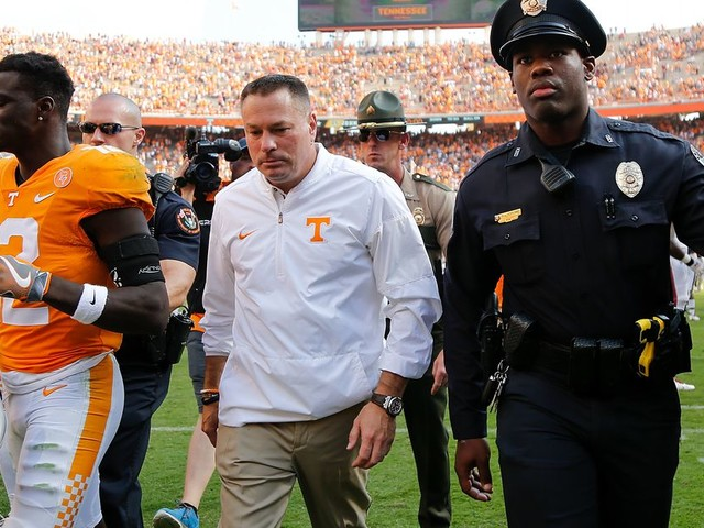 Tennessee's unlikely to fire Butch Jones right before the Alabama game, but Kentucky's now a must-win