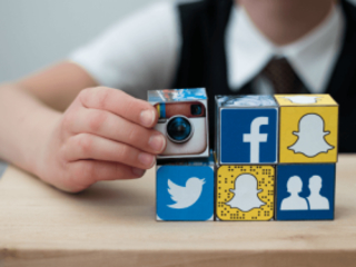 5 Ways to Curb Our Kids' Social Media Habits