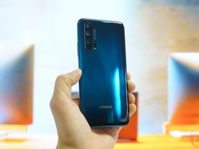 Honor 20 Pro and Honor 20 Just Launched in London