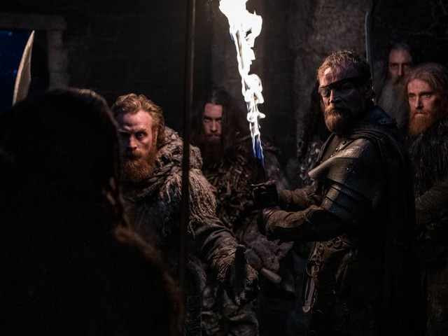 Game of Thrones: Here's How Beric's Kickass Flaming Sword Gets Its Magic