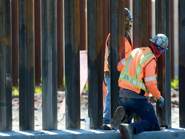 Trump administration to waive contract laws in effort to speed up border wall construction
