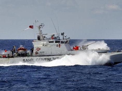 Dramatic Video Shows Turkish Coast Guard Deliberately Smashing Into Migrant Boat