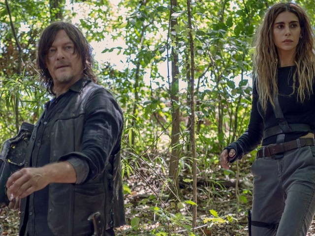 'The Walking Dead' showrunner teases the Whisperer War will 'come to a head' when the show returns