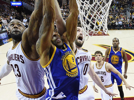 Cavs Halt Warriors' Perfect Postseason, Party In Game 4