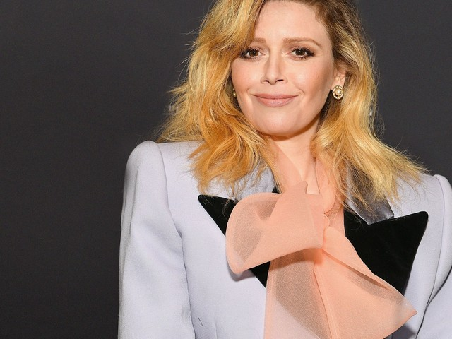 Natasha Lyonne Just Went From Natural Blonde To Russian Doll Red
