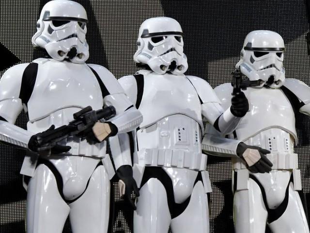 Watch: 'Star Wars' fan 3D prints a bulletproof Stormtrooper costume