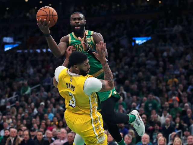 Boston Celtics blow out Los Angeles Lakers despite Anthony Davis' return to lineup