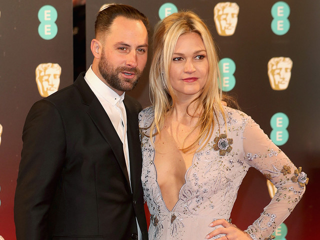 Julia Stiles Pregnant With First Child -- See Her Baby Bump!
