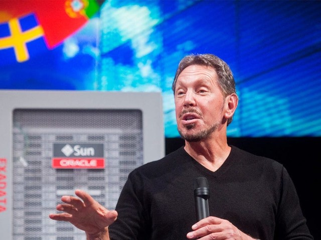 Oracle and Google will face off before the Supreme Court in the most important legal battle in technology. Here's how the outcome of the decade-long fight could shake up the entire industry. (ORCL, GOOG)