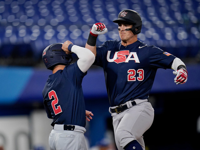 Eddy Alvarez, Tyler Austin help USA cruise to win in Olympic opener