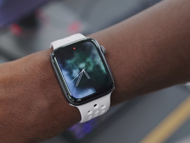 Now is the best time to buy an Apple Watch (AAPL)