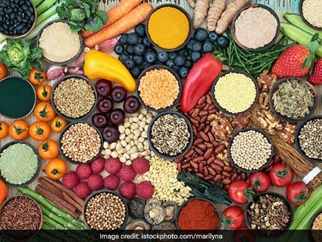 5 Expert Recommended Superfoods To Look Out For In The Year 2020
