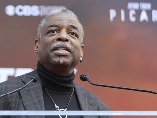 LeVar Burton's fans want him to host 'Jeopardy!' and he is there for it